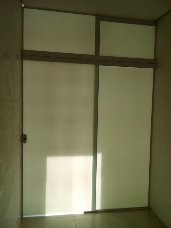 Porta de Vidro Temperado de Abrir Salto - Vidro Temperado Laminado
